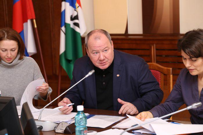 Александр Морозов попросил готовить доклады в более понятной для обсуждения форме