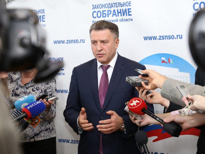 Председатель заксобрания Андрей Шимкив заверяет, что процесс контроля над эффективностью использования средств федерального бюджета в регионе поставлен жестко