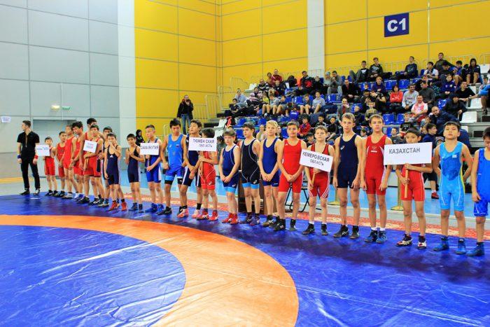 Победителями турнира стали спортсмены из Новосибирской области, Казахстана  и Республики Тыва. Ребятам вручили грамоты, медали и памятные призы