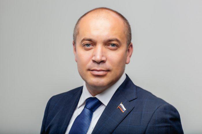 Генеральный директор компании «Союз военных строителей», депутат Новосибирского горсовета Денис Плотников