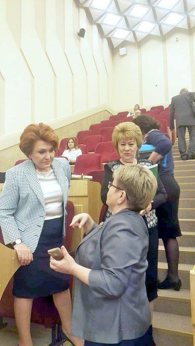Надежда Болтенко (слева) и Любовь Зябрева (справа)