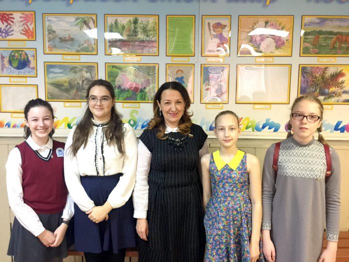 Ирина Путинцева и участники встречи