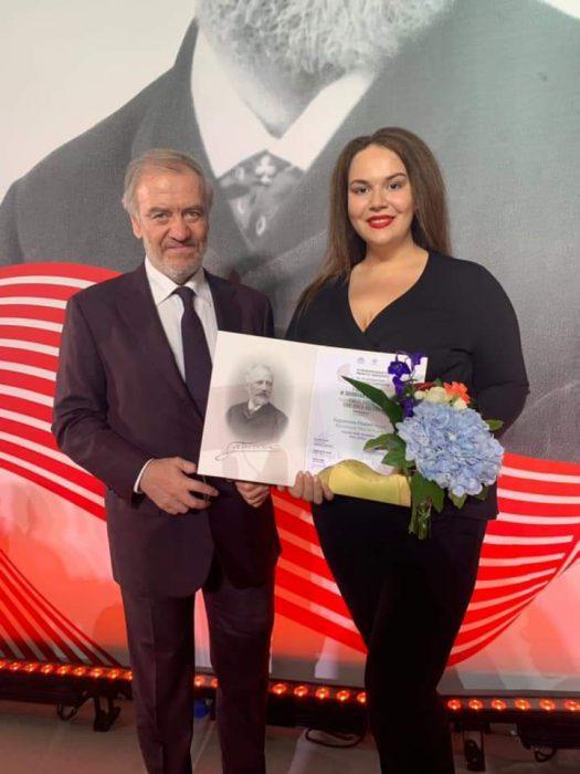 Мария Баракова и дирижер Валерий Гергиев