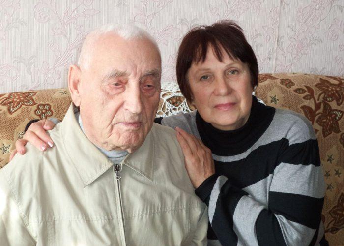 Татьяна Иванова и один из живых исторических  источников ее книги — Илья Ефимович Белоус