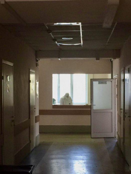 В инфекционном госпитале, развернутом на базе больницы № 11