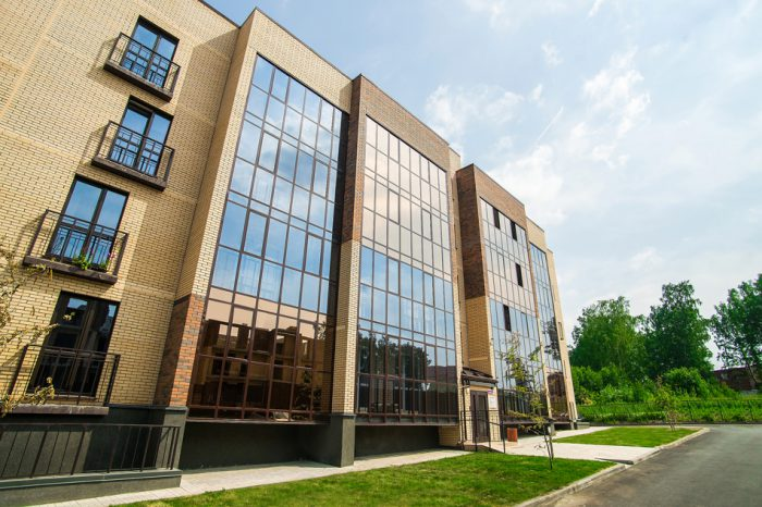 Эко-комплекс «Свобода» — это 4-этажные дома с лифтами, большие детские площадки и закрытая территория
