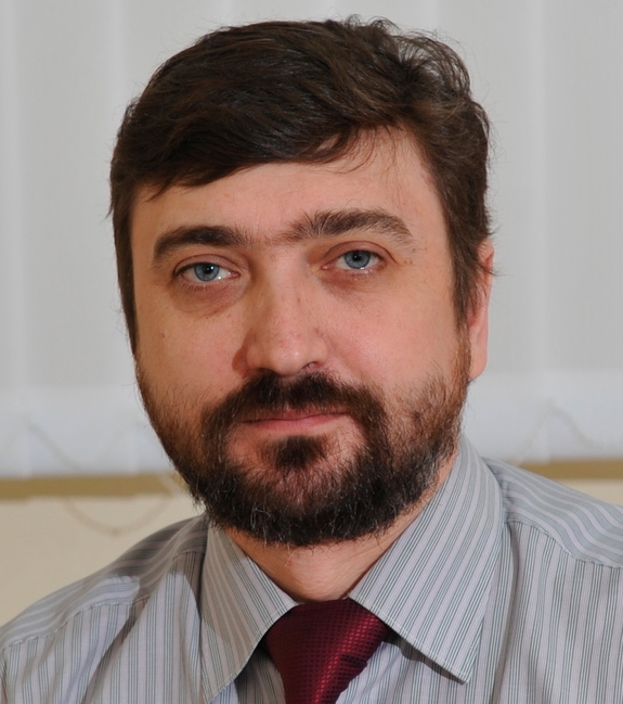 Дмитрий Казаринов