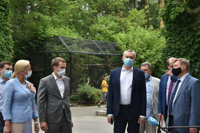Губернатор Новосибирской области Андрей Травников провел выездное совещание в МУП «Новосибирский зоопарк имени Ростислава Александровича Шило»