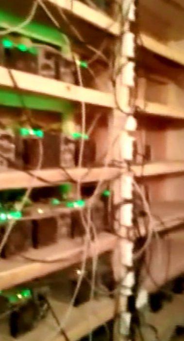 Кадры оперативного видео предоставлены ГУ МВД по Новосибирской области.