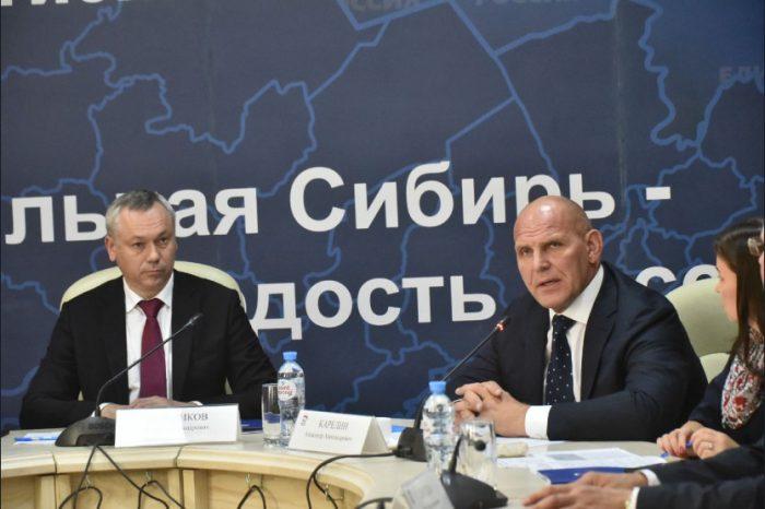 Первый и третий номер партийного списка «Единой России» на встрече с будущими депутатами