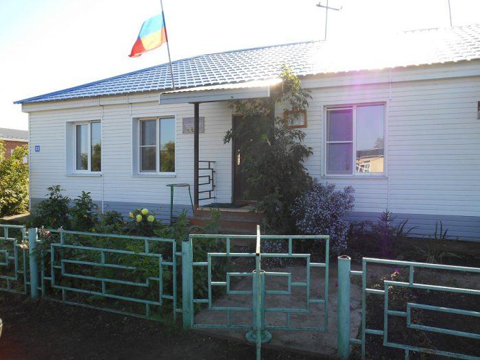 Здание администрации Кушаговского сельсовета Усть-Таркского района Новосибирской области