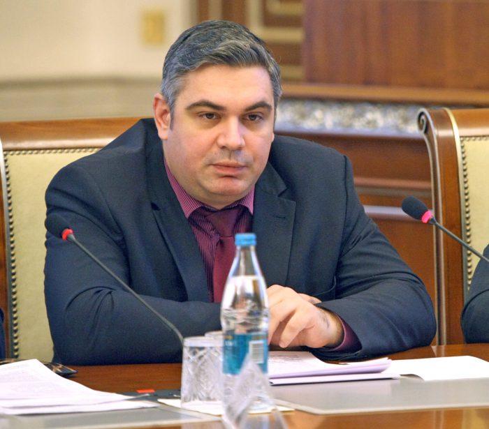 Министр труда и социального развития региона Ярослав Фролов