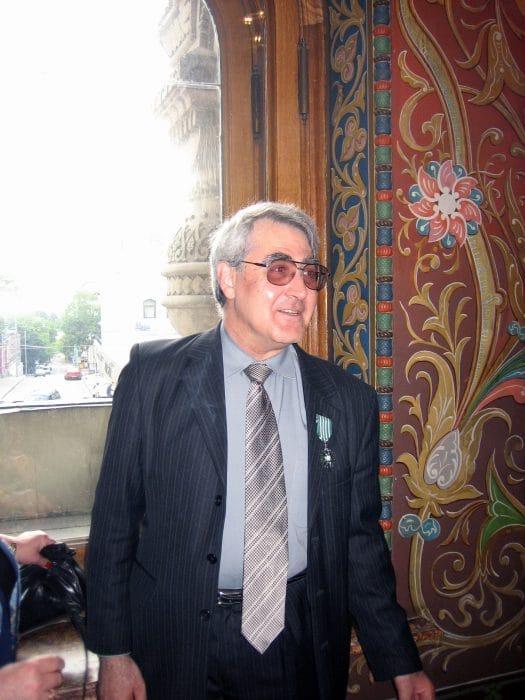Во французском посольстве после вручения Ордена искусств и литературы Франции