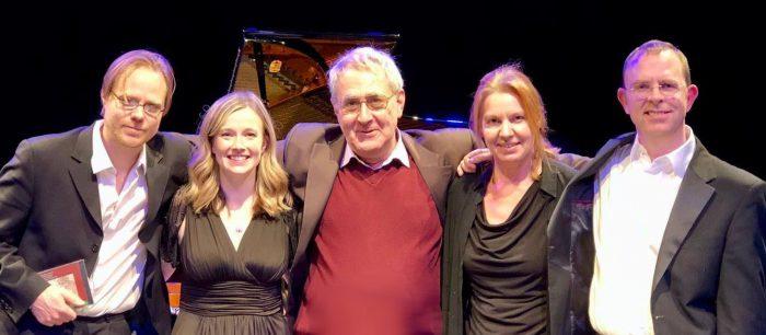 С солистами Ливерпульского симфонического окестра после премьеры