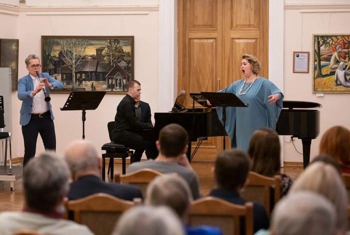 Маргарита Аунс (кларнет), Алексей Гребенкин (фортепиано), Яна Мамонова (сопрано)
