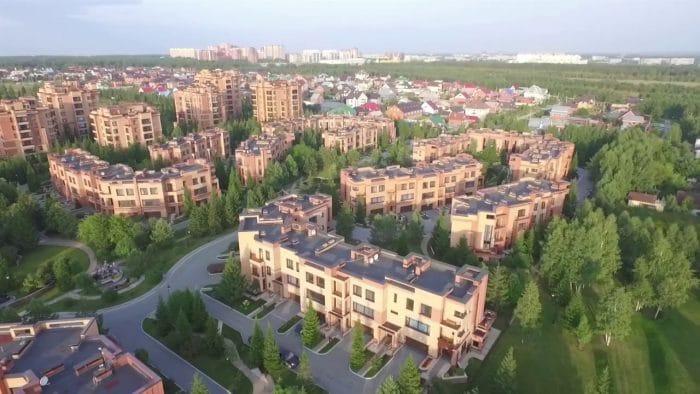 Спокойствие жителей малоэтажного жилого комплекса в Заельцовском бору после информации о новом проекте буквально испарилось